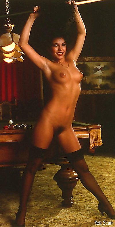 Hyapatia lee in vintage nude..